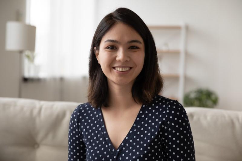 professional dating profile headshot photo of a woman